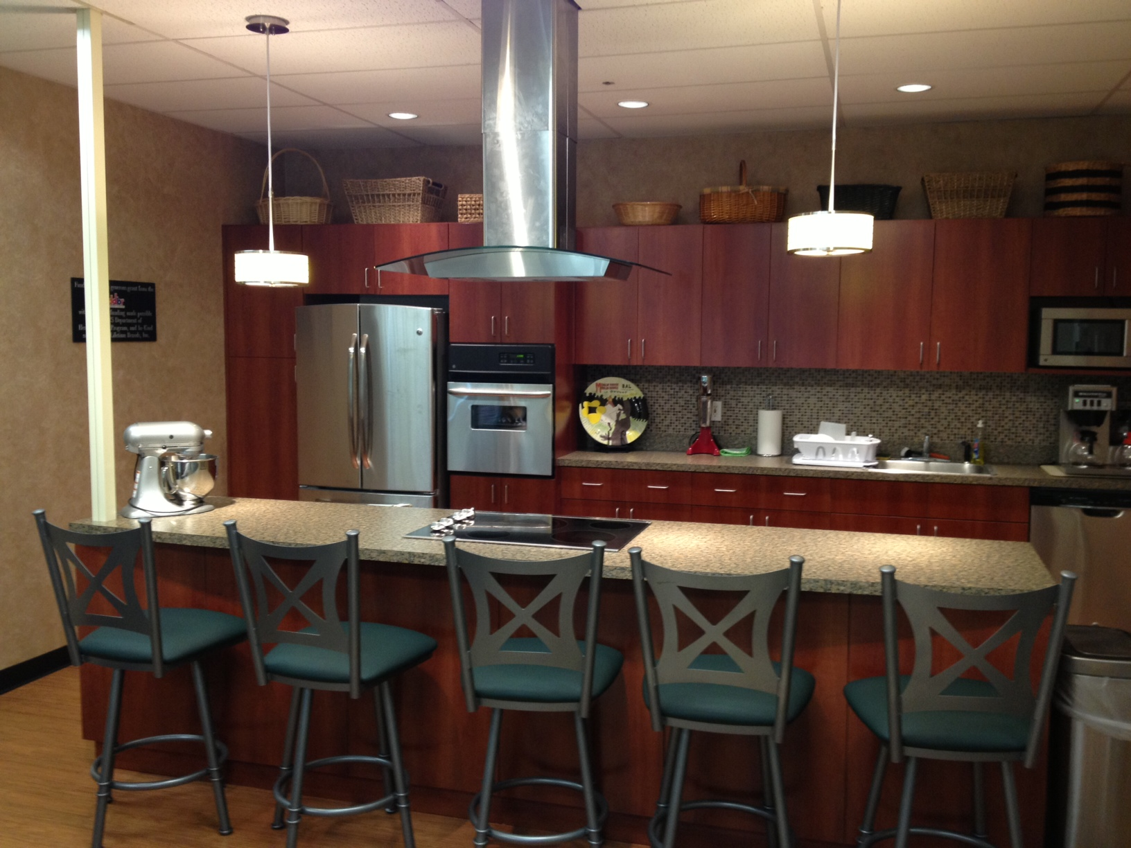 Long Island Cares Cuts Ribbon On New Ddbr Kitchen Studio Long Island Cares Inc